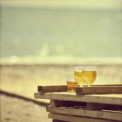 Heat waves (Weisimel) Tags: sea summer texture beach water beer tom zeiss vintage turkey square nikon waves bokeh warmth carl format squared fala mediterraneansea textured carr planar soce quadrat cuadrado zf turcja tejido lato textu