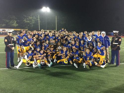 "Robinson vs Chantilly 9.30.2016 • <a style=""font-size:0.8em;"" href=""http://www.flickr.com/photos/134567481@N04/29407827603/"" target=""_blank"">View on Flickr</a>"