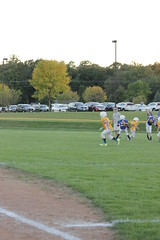 1449 (bubbaonthenet) Tags: 09292016 game stma community 4th grade youth football team 2 5 education tackle 4 blue vs 3 gold