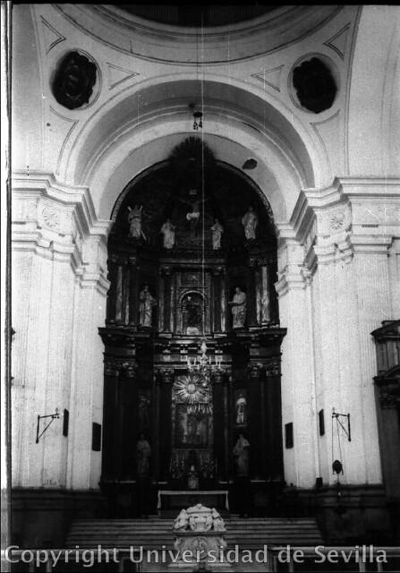 Iglesia del Hospital Tavera a comienzos del siglo XX. Fototeca de la Universidad de Sevilla