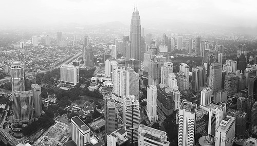 twin towers panorama800 bnw