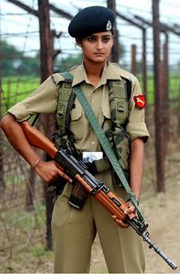 Military_Women_18