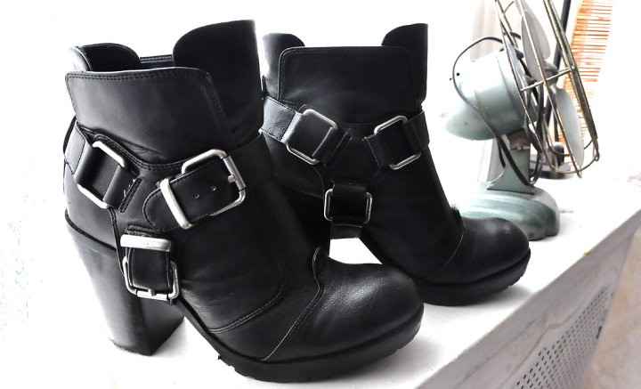 Little Fashion Bird Lauren Baluyo boots harness
