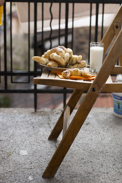 Küüslaugused juustucroissantid /  Croissants for breakfast