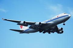 Air China Cargo Boeing 747-4FTF B-2475  MSN 34239 (Jimmy LWH) Tags: ca aircraft cargo boeing flugzeug boeing747 747 avion vliegtuig staralliance pvg aeroplano 747400f boeing747400f 中国国际航空 波音 zspd 7474ftf 星空联盟 lwh1988 31mar2011zspd