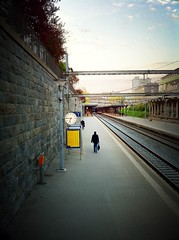 Morning at the small train station in the big city (Do8y) Tags: morning sun train sunrise schweiz switzerland soleil suisse zurich bahnhof trainstation commute sonne morgen matin iphone schwiiz wiedikon swankolab