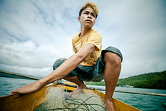 E. Coray Junior (Thomas Cristofoletti's stock photography) Tags: fisherman philippines climatechange cagwait surigaodelsur pazydesarrollo