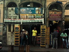 Cariocas (rackyross) Tags: street city cidade brazil people urban brasil riodejaneiro calle pessoas strada gente ciudad personas via persone urbano rua rue brazilians brasile ville carioca citt brasileiros  brasiliani    brasileos            touraroundtheworld