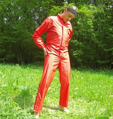 IMGP0479 (Karhu1) Tags: snow shiny suit glossy sweat nylon spandex sauna rainwear pvc leggings snowsuit overall