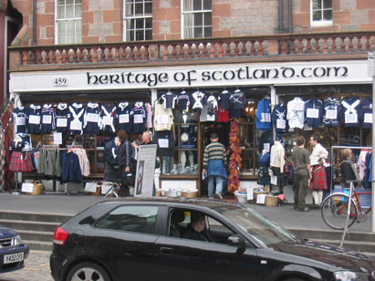 En av Kiltshop'ene i the Royal Mile i Edinburgh