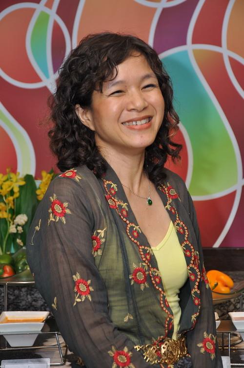 Debbie Teoh 1