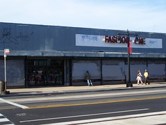 Fashion Warehouse, 700 block H Street, still looks like shit