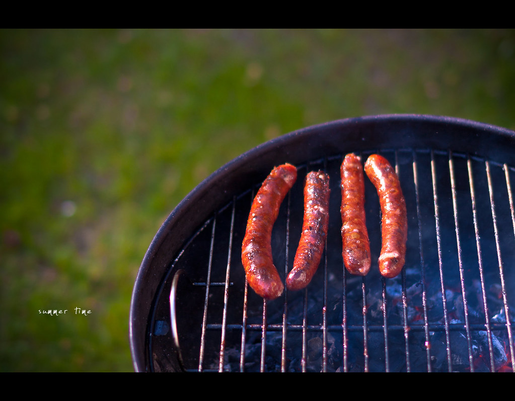Project 365, Day 269, 269/365, bokeh, Sigma 50mm F1.4 EX DG HSM, 50mm, 50 mm, sausage, grill, barbecue, summer, summer time, glow