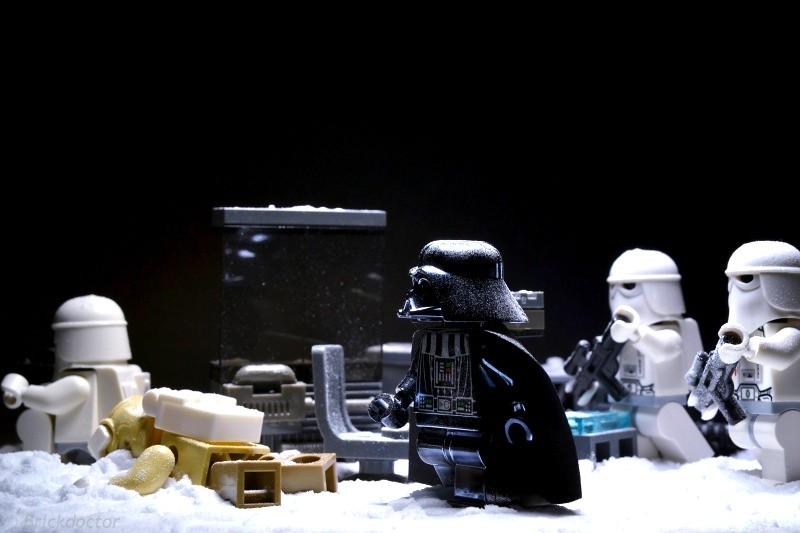 LEGO Photography and Photo Editing 5754858387_5581b639bd_b