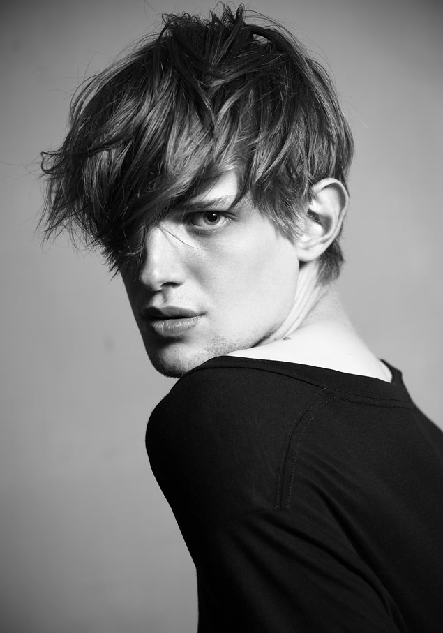 SS12 New Faces_Axel Gillot FASHION(MODELScom)