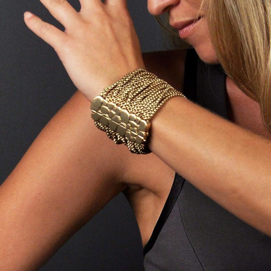 Twenty Strand Chain Bracelet Magnetic Clasp Gold - B111AM