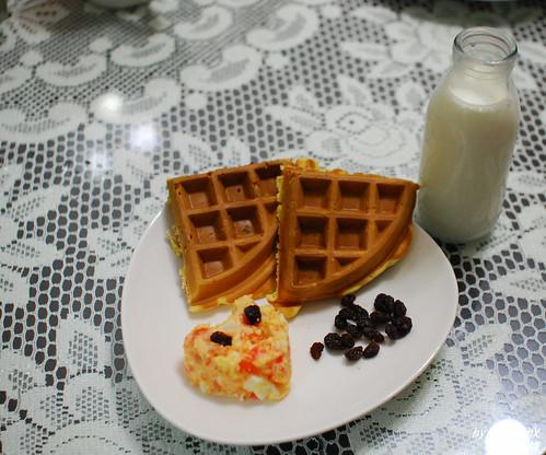 愛心鬆餅早餐