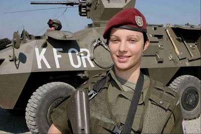 Military_Women_03