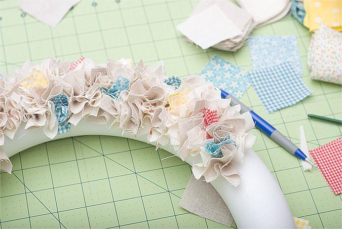 Shabby fabric wreath step 5