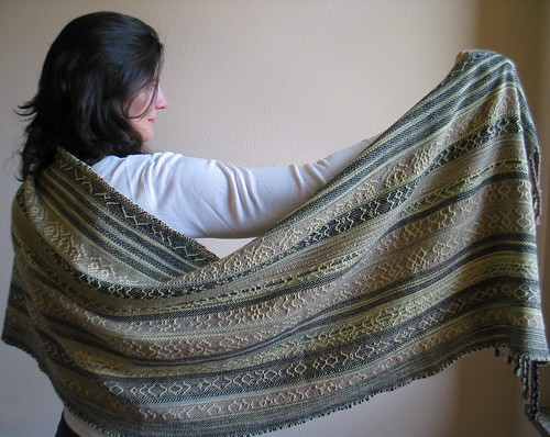 grande scialle in lana e kashmire tessuto a mano by mireloom