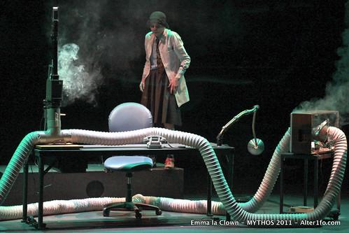 2011-04-16-Emma_la_Clown-MYTHOS-Alter1fo-5