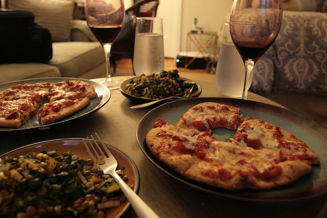 ammmaaazzzing homemade pizza with chard + lentils