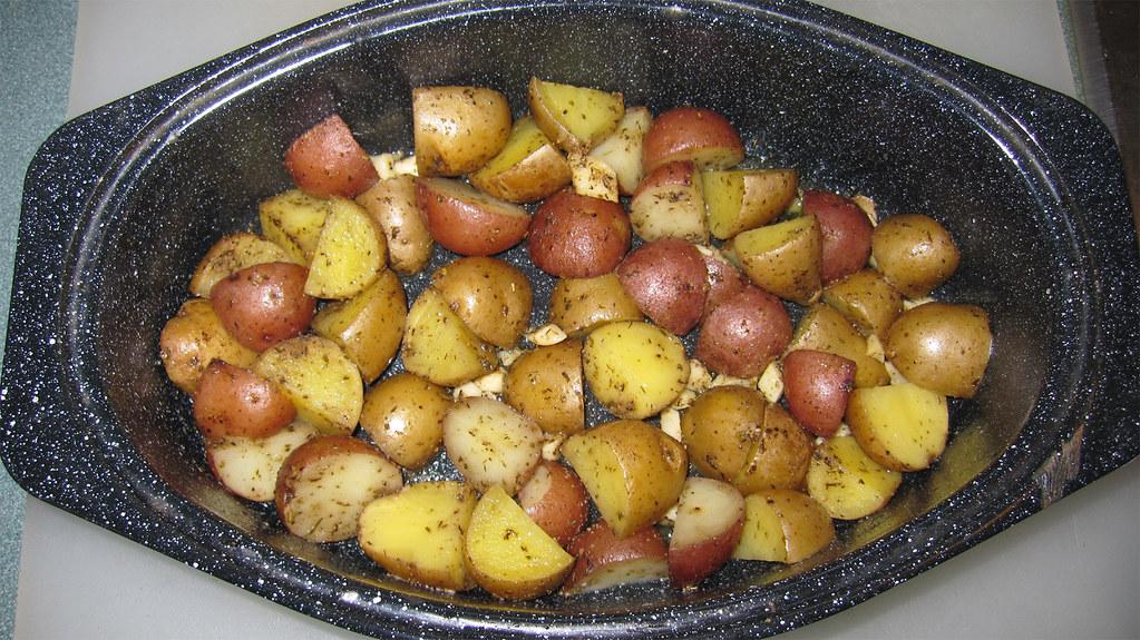 Solar Roasted Garlic Potatoes