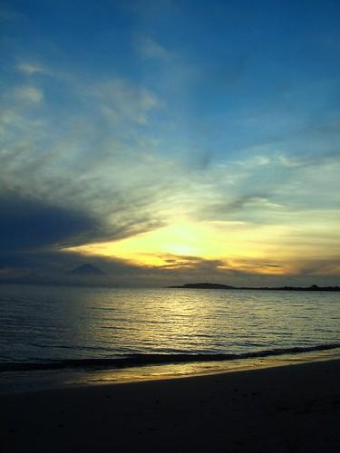 mount, gili, & sunset @ sire beach