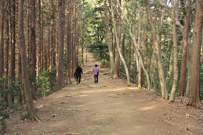 稲荷山歩道