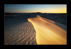 Dune (Chantal Steyn) Tags: light sunset shadow texture landscape sand nikon dunes australia handheld westernaustralia d300 fowlersbay nohdr 1685mm