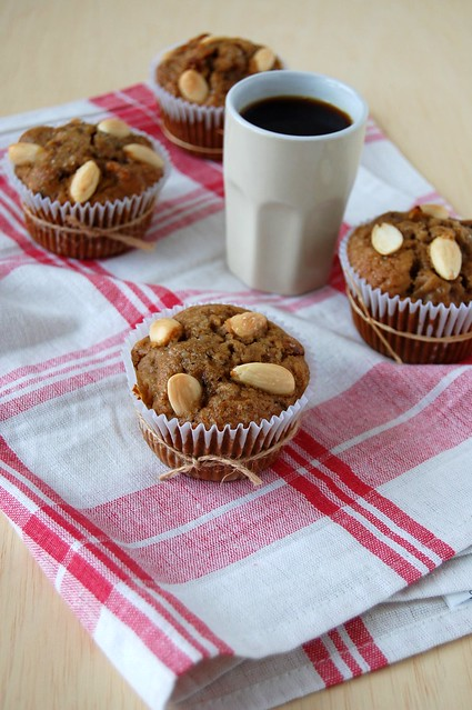 Apple cranberry muffins / Muffins de maçã e cranberries
