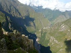 Vue depuis le Wayna Picchu (benontherun.com) Tags: peru machu picchu inca ruins inka pichu ruinas machupicchu incas ruines prou waynapicchu aguacalientes