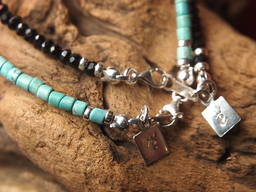 Esperanto / Turquoise & Black Spinel Bracelet