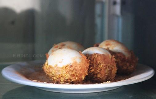 Lijiang:roasted eggs