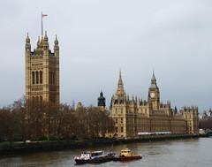 Houses of Parliament, Big Ben, Thames (RobbiSaet) Tags: city uk greatbritain england urban london westminster thames river nikon unitedkingdom fiume housesofparliament bigben londra granbretagna regnounito città inghilterra tamigi d80 robbisaet robertasaettone