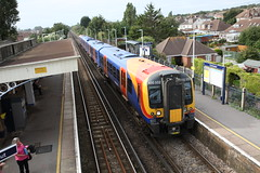 South West Trains 450 552 (Bristol MW Driver) Tags: portchester canoneos1ds southwesttrains 450552
