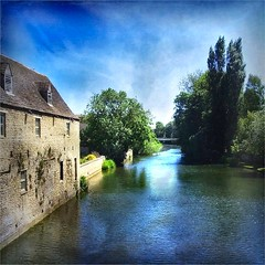 view from a bridge (Big Star ) Tags: uk blue trees england sky reflection building texture water stone river square lincolnshire squareformat stamford welland lincs riverwelland platinumheartaward tatot magicunicornverybest