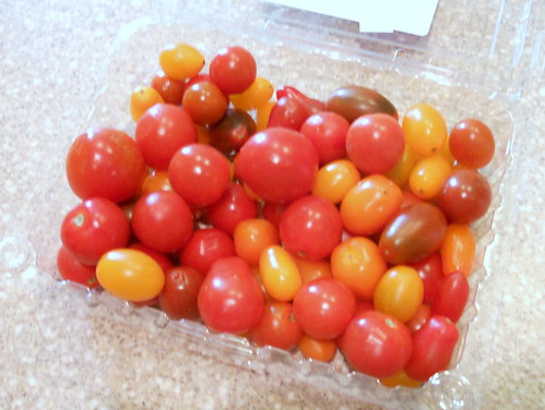 fresh cherry toms 001