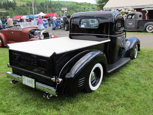 truck pickup dodge 1946