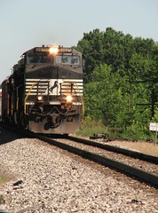 NS 8935 at Clark, MO (nsmith8853- I'm tired of shootings GE's!) Tags: ns norfolk trains southern freight railraod