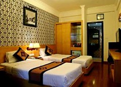 Guest Superior triple room.alt (hanoitouronline) Tags: halongbaytours traveltohanoi bookflightticket sapatrekkingtours booktrainticket hanoitoursinformation halongbayonalovacruises ninhbinhecotours hanoionedaytours halongbayonedaytours vietnamhoneymoontours hanoigolftours hanoivillagestours rentthecars
