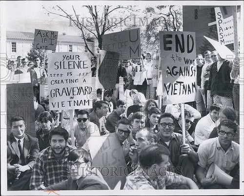 Oct. 16, 1965, news photo: antiwar and anti-protest demonstrations, together on the University of Michigan Diag., From FlickrPhotos