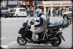(seua_yai) Tags: street city people urban car automobile asia go wheels korea motorbike korean seoul motorcycle southkorea urbanmobility koreanpeople