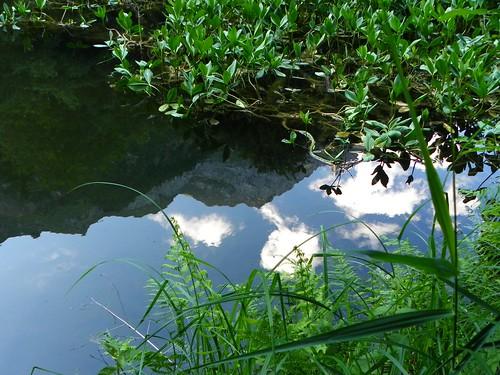Reflet du Mont Charvin dans le lac de Montdessus 014