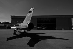 Dassault Mirage F1 (D.M.C.M) Tags: shadow blackandwhite france museum plane airport europe museu noiretblanc transport flight muse ombre transportation mae mirage myfavorites 93 flugzeug