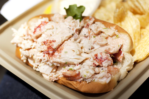 lobster roll @ the lobster place