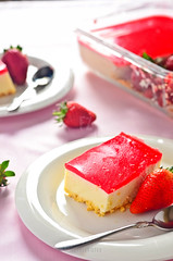 Strawberry Cheese Cake (FijazZ) Tags: food india dinner strawberry berry dish kerala deserts 2012 doha qatar malabar foodphotography strawberrycheesecake nikon50mm14d fijazz nikond7000 fijhas