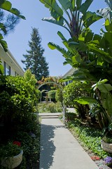 "RG-04 Courtyard • <a style=""font-size:0.8em;"" href=""http://www.flickr.com/photos/76147332@N05/7042835513/"" target=""_blank"">View on Flickr</a>"