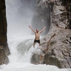 Eddie Yap (Buldrock) Tags: forest trekking waterfall jump asia fiume jungle malaysia salto cascata torrente schiuma chillingwaterfall eddieyap chebellomangiaresuquesteroccieconlescimmiechetiguardano