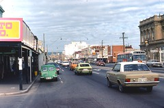 O'Connell St in 1974 (RS 1990) Tags: bus 1974 south australia retro adelaide 1970s trafficsignals oconnellst aecswift